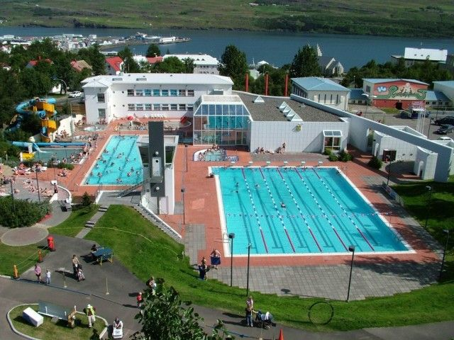 Akureyri Swimming Pool is located just a ten minute walk from our hostel. All our colleagues love going there, either to chat in one of the hot tubs or swim in the 25 m long swimming pool.