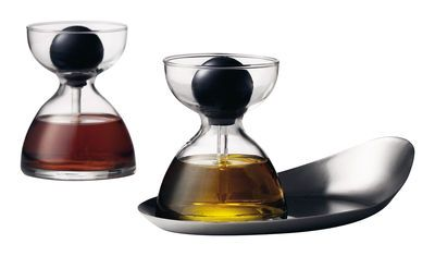 Oil and vinegar set  Possibility of seasoning by drip