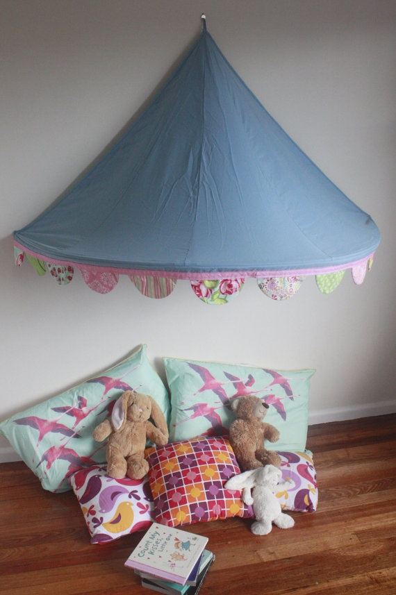 Childrens Bed Canopy Circus Tent With Gorgeous Scalloped Bunting