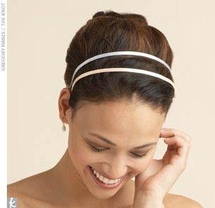 Fascetta per capelli elegante e sobria - Ne esistono di tantissime forme e dimensioni, basta farsi guidare dal proprio gusto e dall'istinto.