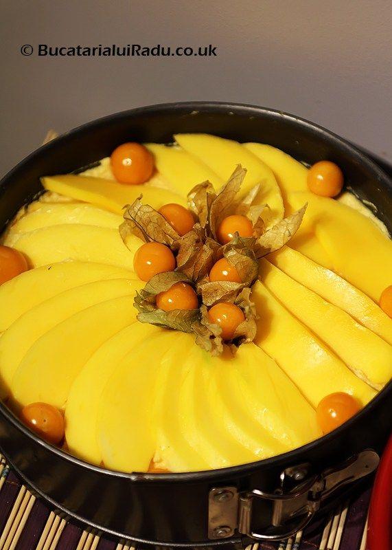 O reteta de desert, cheesecake cu dovleac. Reteta inedita de cheesecake cu mango si dovleac. Cum se face desert cu dovleac.