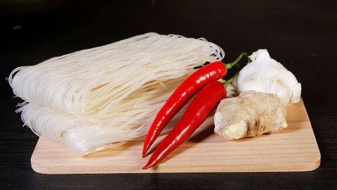 Laksa med skaldjur | SVT recept
