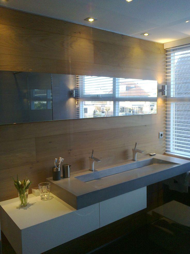 Custom made concrete sink Betonnen wastafel naar ontwerp van klant