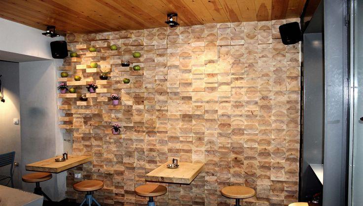 Alley Wine Bar : Ξύλινες κατασκευές, επενδύσεις τοίχων από μασίφ ξύλο, πόρτες και έπιπλα για το Alley wine bar. - See more at: http://masterwood.gr/portfolio/alley-wine-bar/#sthash.fP5NRqvg.dpuf