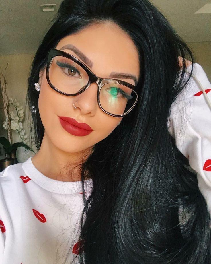 Pin De Emanuelly Medeiros Em Amanha Meninas De Oculos Oculos
