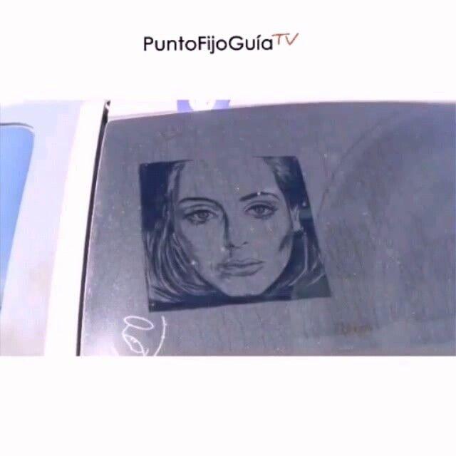 Simplemente ARTE! . retrato  Adele dibujado en el parabrisas de un auto sucio! . #Comparte #haztenotar #nuestraciudad #paraguana #arte #artistic #retrato #adele #hello #instagood #instalike #goodvideo #paraguana #puntofijo by puntofijoguiatv