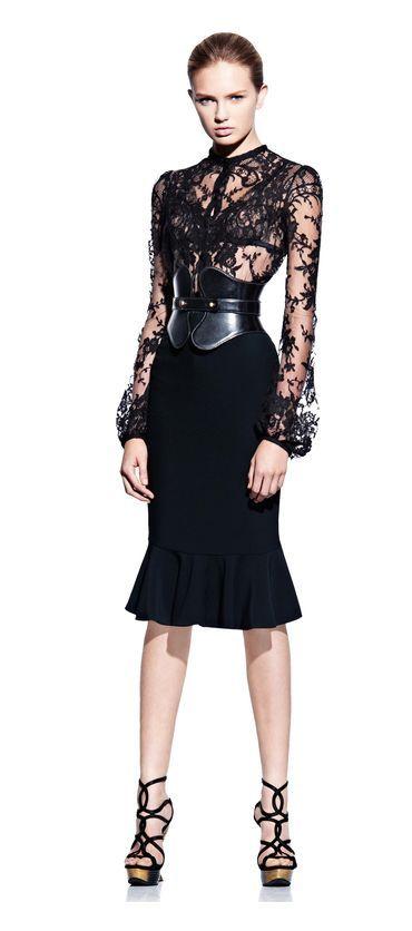 Preciosa colección de vestidos by Alexander Mc Queen