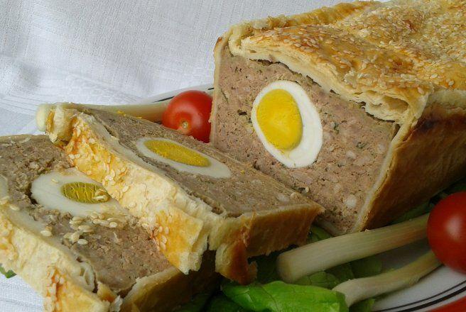 Retete Culinare - Drob de pui in aluat de foietaj