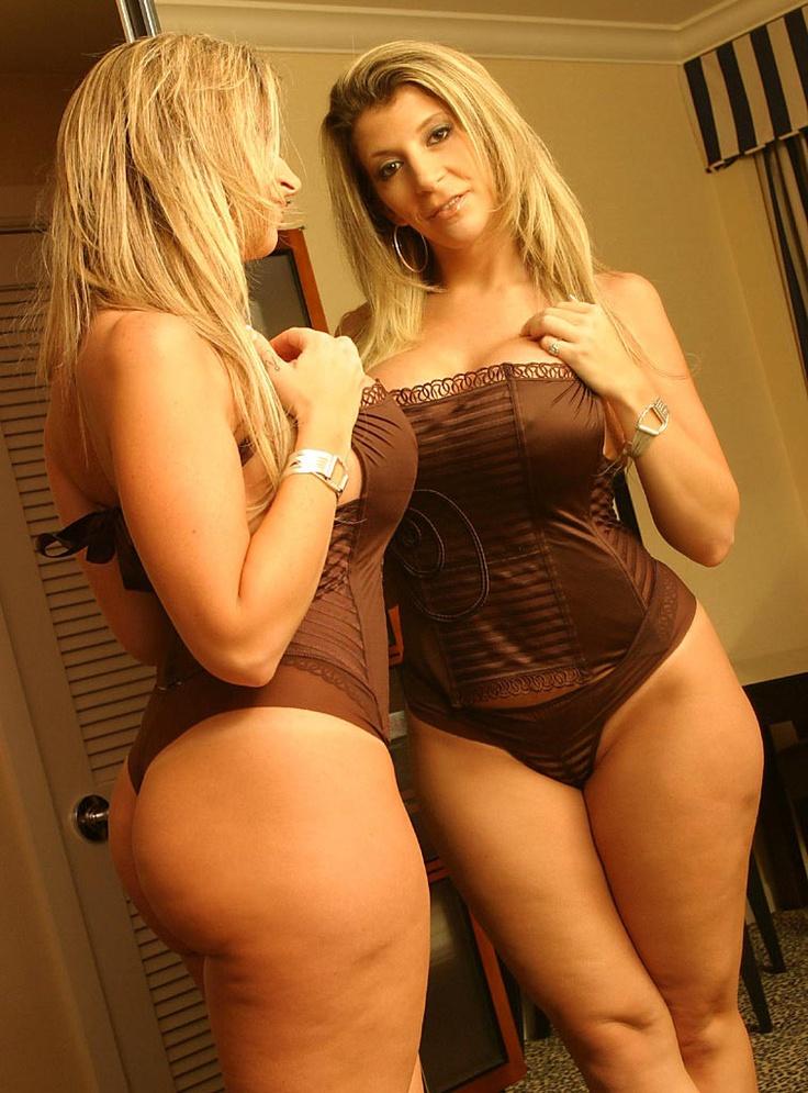 sara jay bikini huge tits striptease water shower