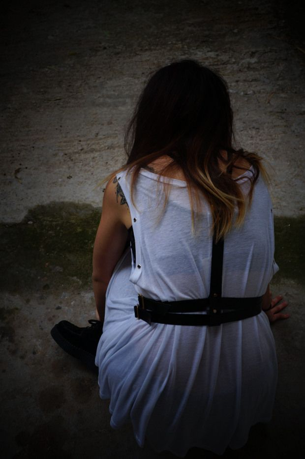 Personal Outfit post:: The harness effect #harness #belt #creepers