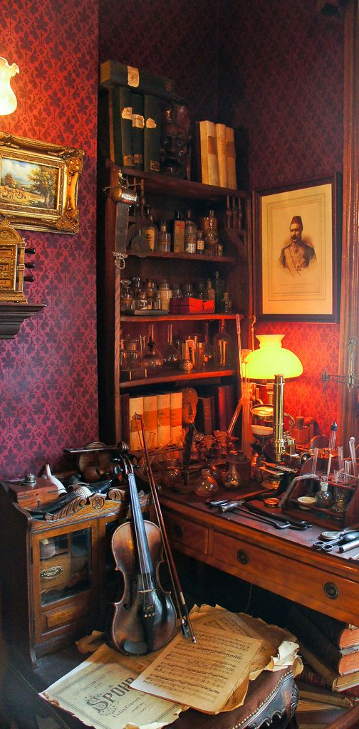A cool depiction of Homles' apartment at The Sherlock Holmes Museum in London. Want to go there one day soon.