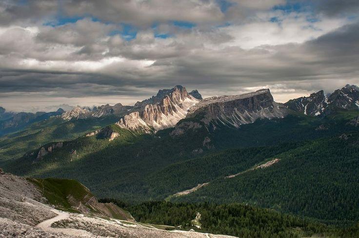 """Davide Fioraso, """"Lastoi de Formin"""", Tofana di Rozes #Veneto #escursionismo #hiking #escursione #escursioni #outdoor #natura Escursionismo.it"""
