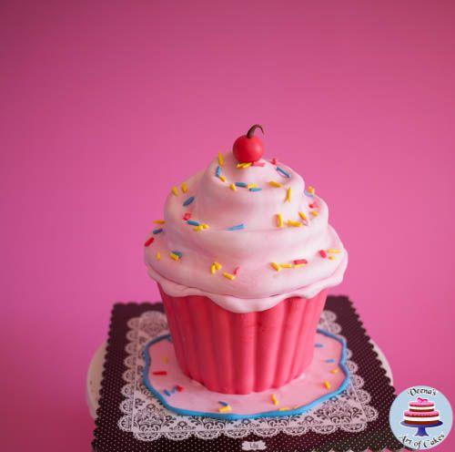Giant Cupcake Tutorial ~ Veena's Art of Cakes