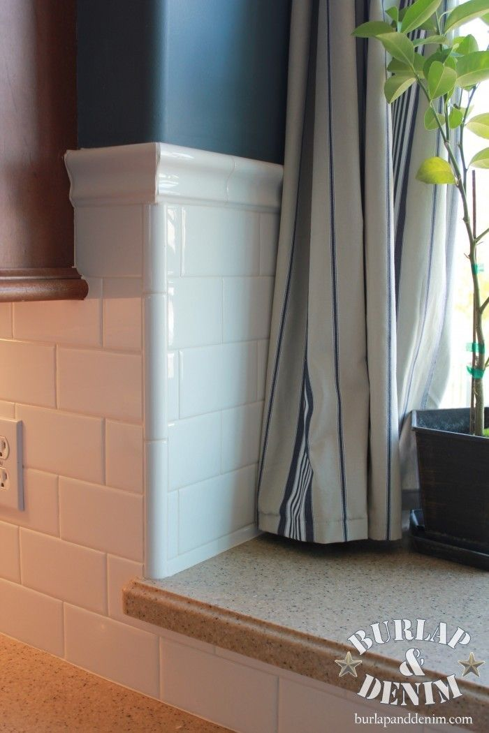White Subway Tile Backsplash in Midnight Beach Kit…