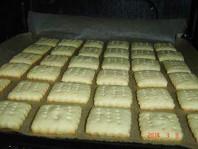 A receptet a Gluténmentes konyha és lisztérzékeny hétköznapok Facebook csoportban találtam Jóóné Tisonyai Máriánál. Hozzávalók : 20 ...