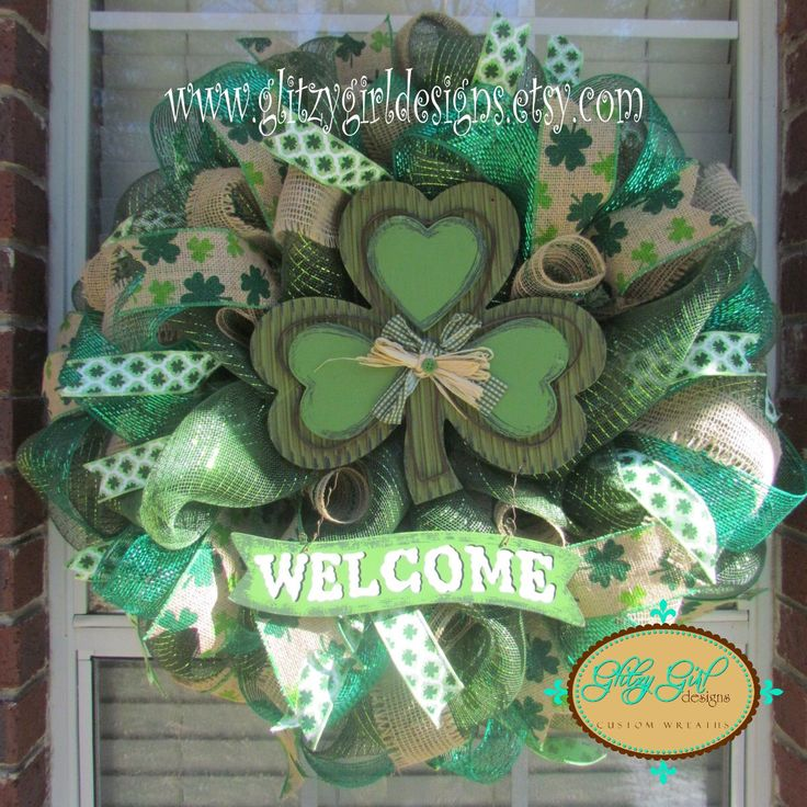 1000 images about st patty 39 s day wreaths on pinterest luck of the irish deco mesh and mesh. Black Bedroom Furniture Sets. Home Design Ideas
