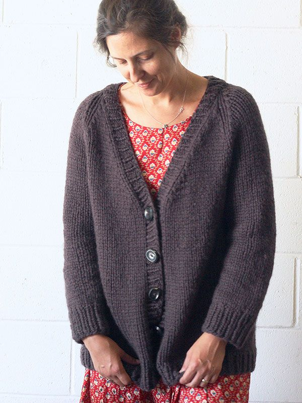 Women s Cardigan Knitting Patterns : 1000+ ideas about Knit Cardigan Pattern on Pinterest Knit shrug, Cardigan p...