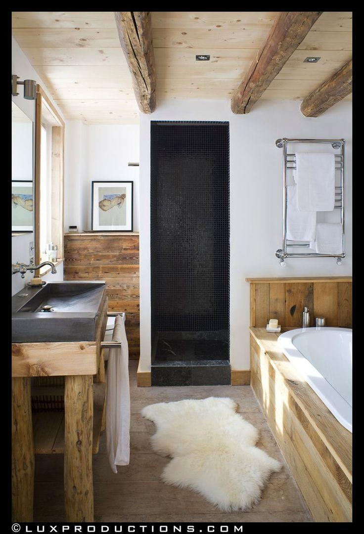 rustikales bauernhaus bder ideen wanne dachboden renovierung alpen badezimmer einrichtung rustikale moderne bder