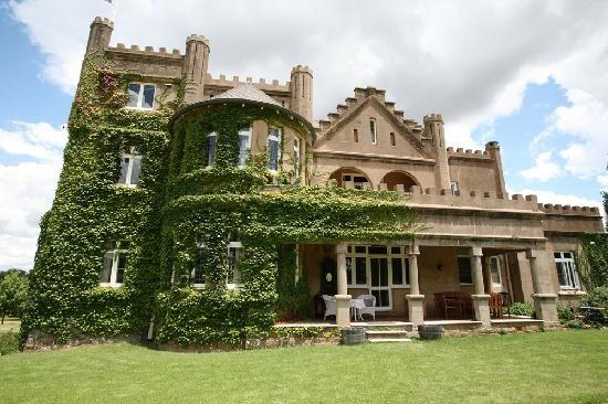 Kings Plains Castle in Scotland - dream wedding location - outdoor wedding location