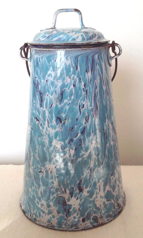 Pot+a+lait+ancien+émaillé+bleu+marbré+hauteur+25+cm