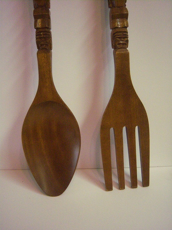 big wooden fork and spoon monkey pod carved wooden spoon fork wooden tiki set extra large. Black Bedroom Furniture Sets. Home Design Ideas