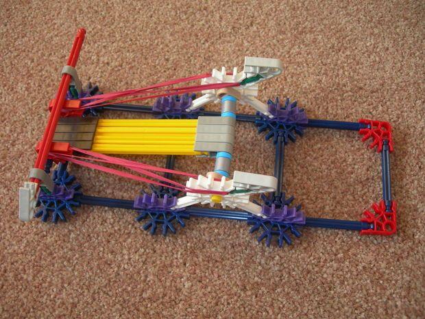 Picture of K'NEX Basic Catapult