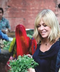 Annabel Langbein eyes up the fresh produce in a Jaipur market.