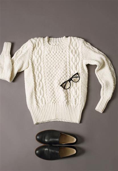 1411: Modell 2 Damegenser med fletter #alpakka #strikk #knit