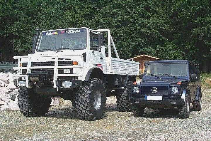 Unimog vs g wagon mighty machines pinterest 4x4 for Mercedes benz jeeps