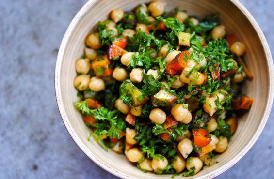 SORTIES | Maîtriser les bons petits plats comme un chef  http://zurbaines.com/fr/sorties/meilleurs-cours-cuisine-montreal/