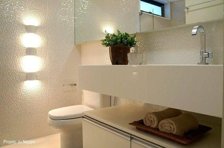 Lavabo com pia esculpida em nanoglass Projeto da arquiteta Ju Nejaim  Proje -> Pia De Banheiro Em Nanoglass