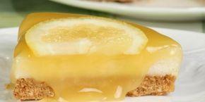 Φανταστική συνταγή για γλυκό ψυγείου με γιαούρτι, ζαχαρούχο γάλα, μπισκότα και μαρμελάδα λεμόνι.
