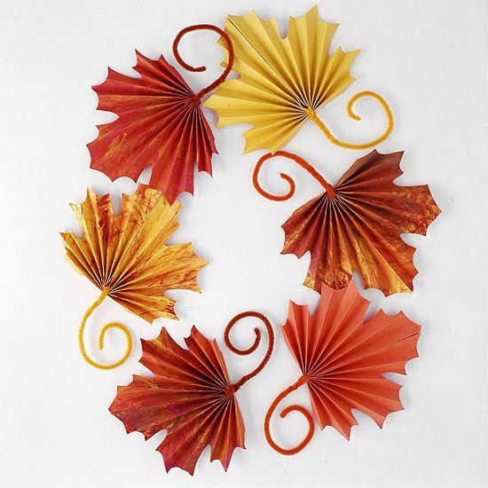 #Papercrafting for Fall: Fan-Folded Leaves for Kids to Craft for Thanksgiving Kids will enjoy making these colorful paper leaves for Thanksgiving or harvest decorating. Scatter leaves on a table or wrap the stems around heavy cording to make a pretty garland.