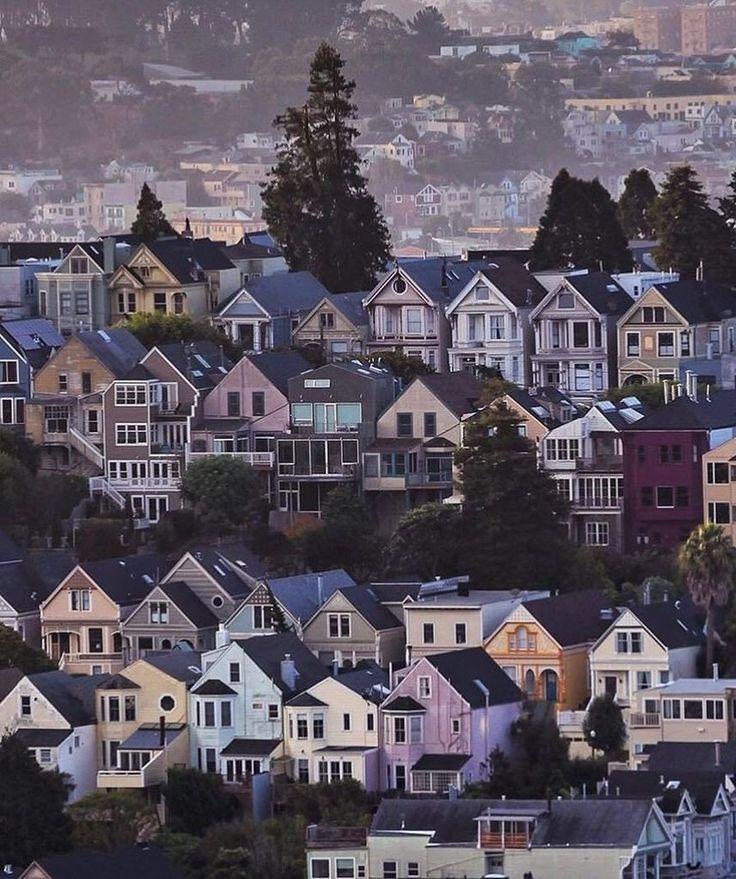 Houses of San Francisco #sanfrancisco #sf #bayarea #alwayssf #goldengatebridge #goldengate #alcatraz #california