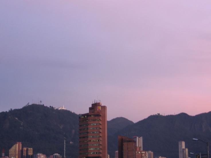 Cielo de la ciudad  http://sergiosognatore.blogspot.com/