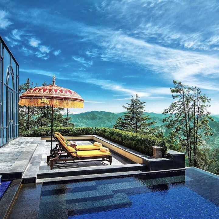 Comparateur de voyages http://www.hotels-live.com : Wildflower Hall Shimla in the Himalayas in India is a #TravelersChoice Hotels winner this year! It has impeccable service gorgeous rooms and breathtaking viewswhat more could you ask for? #HotelGoals To discover the rest of the winners this year click on the link in our bio. Hotels-live.com via https://www.instagram.com/p/BBAdjAgkgZK/ #Flickr via Hotels-live.com…
