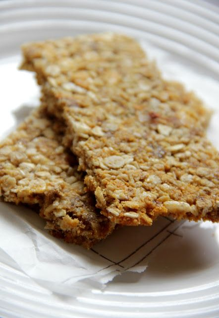Oats 'n honey granola bars-use quinoa instead of rice crispies