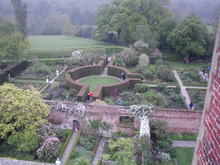 Sissinghurst I want to go there