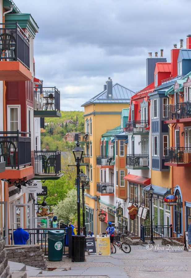 Mont Tremblant village......oh so soon ..weekend to be spoiled rotten: Scandanavian post Super Spartan pampering :)