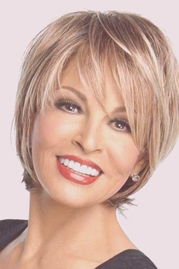 coiffure courte femme 60 ans visage rond