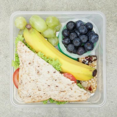 What I'll be making for school this week! How yummy does that look, I'm going to have salad and hummus on a sandwich mmmm, I love the vegan life #lornajane #myactiveyear