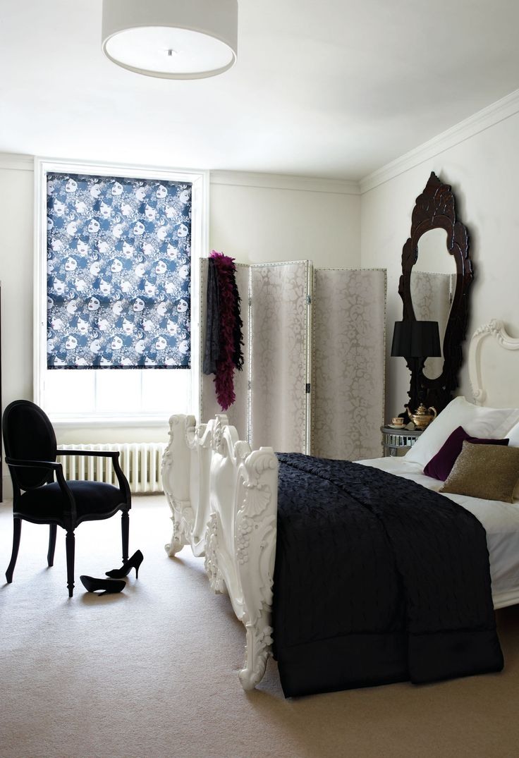 Burlesque style blinds for the bedroom.These blinds are #wirefree #wireless #nowires #remotecontrol #smartphoneapp #tabletapp #noelectricianrequired #childsafe #cordless #largewindows #smallwindows #windowblinds #windowshades #windowcoveringsolution #prettywindows #childfriendly #smartblinds #homedesign #kitchenblinds #interiordesign #redesign #bathroomblinds #bedroomblinds #lounge #Rollupblinds #motorisedblinds #automatedblinds