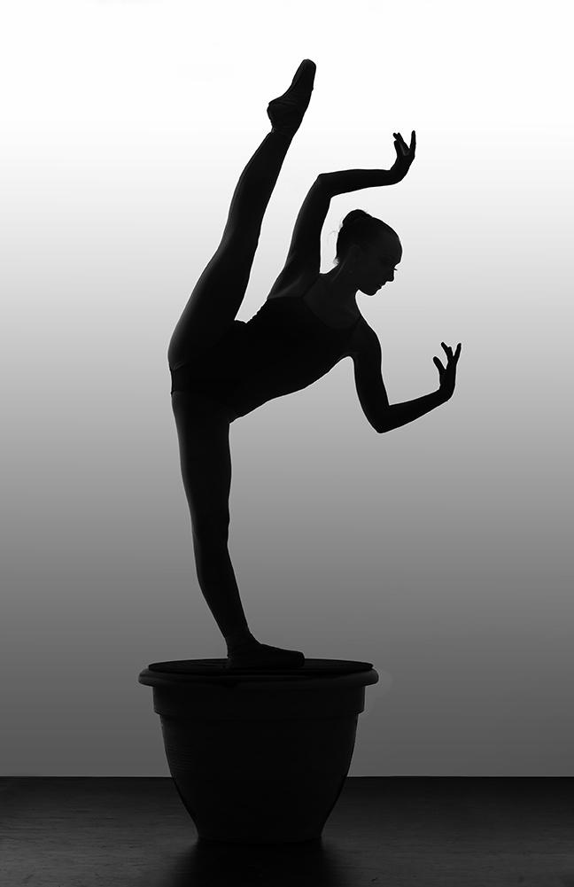 Garet Erwin, Beautiful Dancers On A Pedestal - Photos by Richard Calmes http://www.pbase.com/rcalmes - Ballet, балет, Ballett, Ballerina, Балерина, Ballarina, Dancer, Dance, Danza, Danse, Dansa, Танцуйте, Dancing