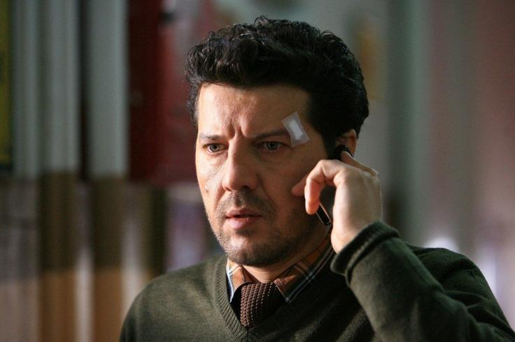 Ali karısı Melek'ten ilk defa şüphe duymaya başlar (Klip)