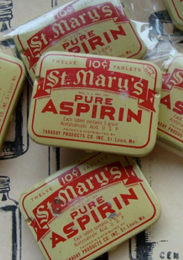 Old Aspirin tins http://www.terbgroup.it #terbgroup                                                                                                                                                     More