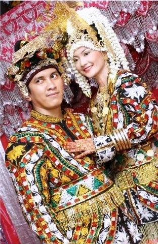 Gayo, Aceh, Indonesia - Traditional Clothing - 1