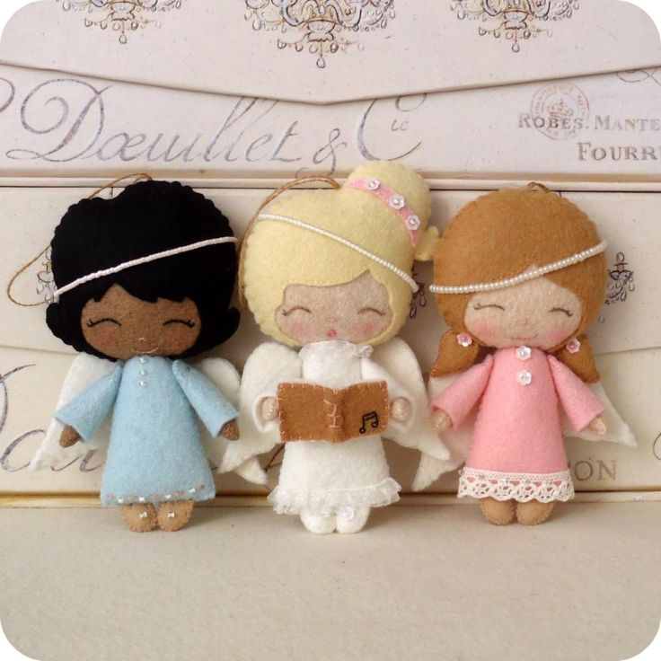 Angel Ornament - link is for a pattern for purchase, but these look easy enough to make my own pattern