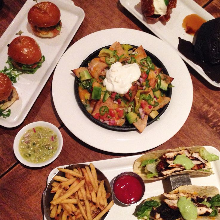 Happy hour to kick off the Monday blues in Earls.