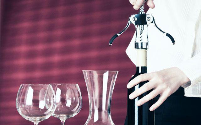 ソムリエが選ぶ、アルコール度数低めで美味しいワイン5本 生まれつきあまりお酒が強くない女性にも