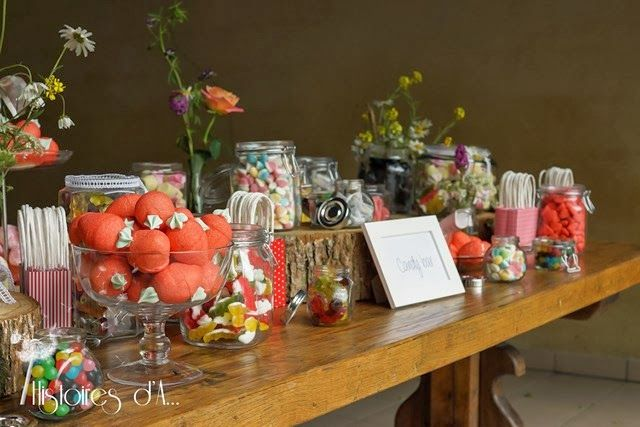vrai mariage naf naf bucolique champêtre couronne de fleurs gilet béret champs bohémien voile vintage